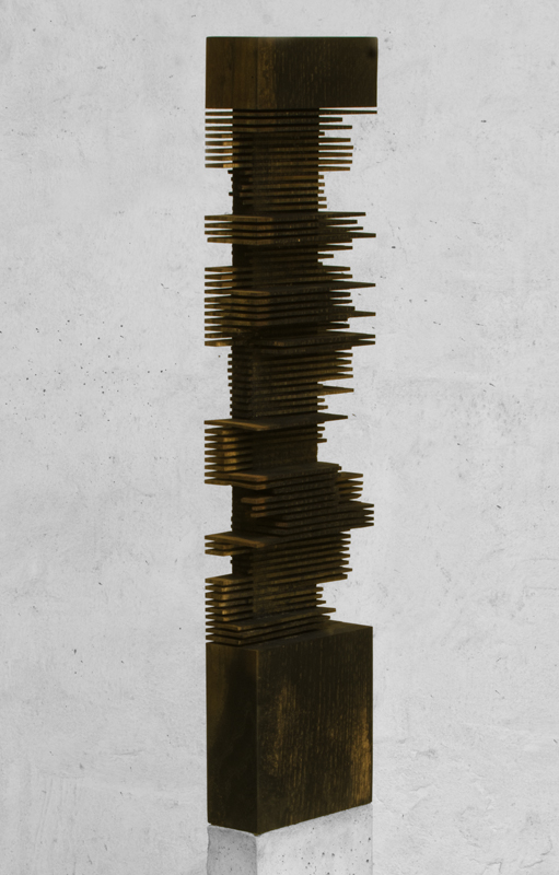 Moderne Holzskulptur