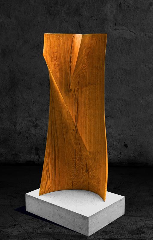 Abstrakte Holzskulptur